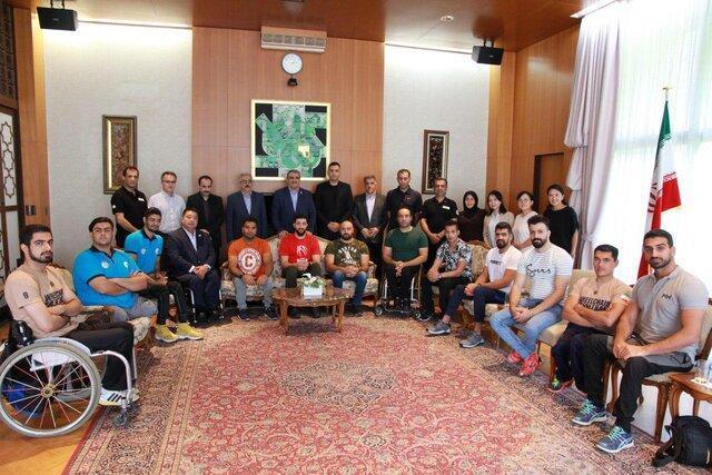 تقدیر از تیم ملی بسکتبال با ویلچر کشورمان در اقامتگاه سفارت ایران در توکیو