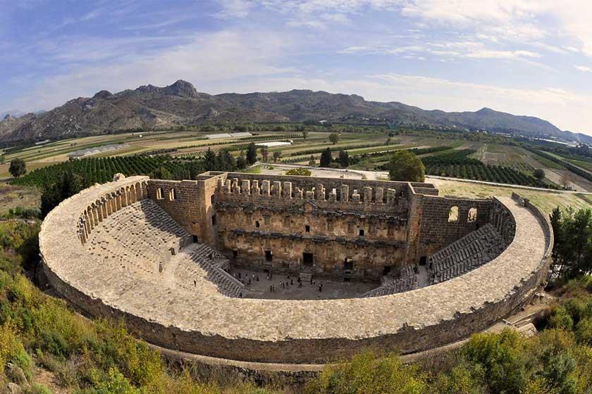 آمفی تئاتر آسپندوس در آنتالیا