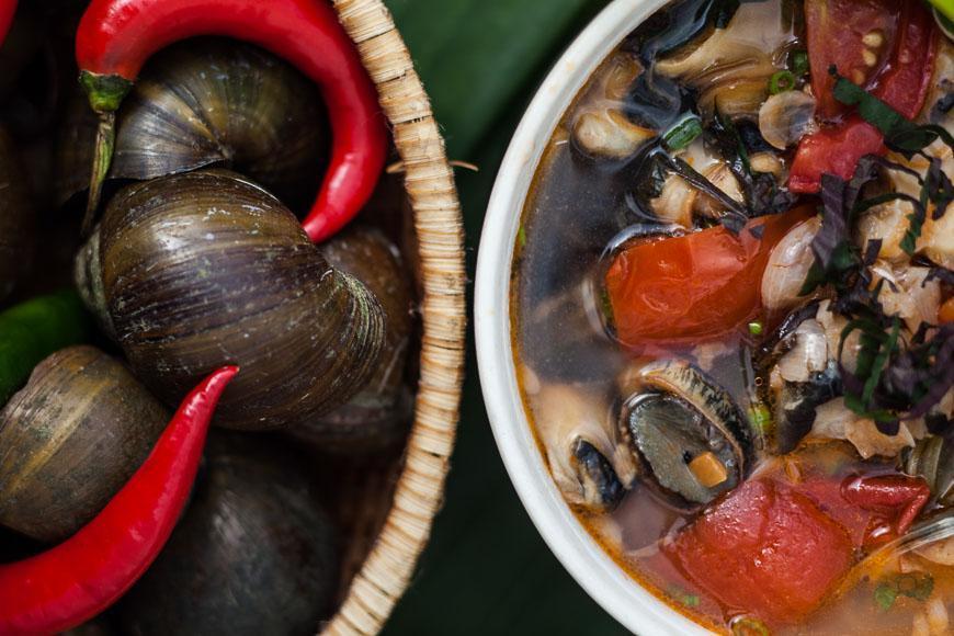 حلزون ، سیخ کش و غذاهای دریایی ویتنام