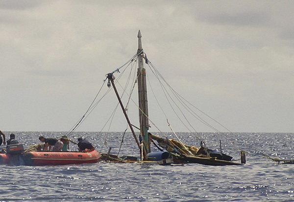 حمله مرگبار دزدان دریایی به قایقی در آب های فیلیپین