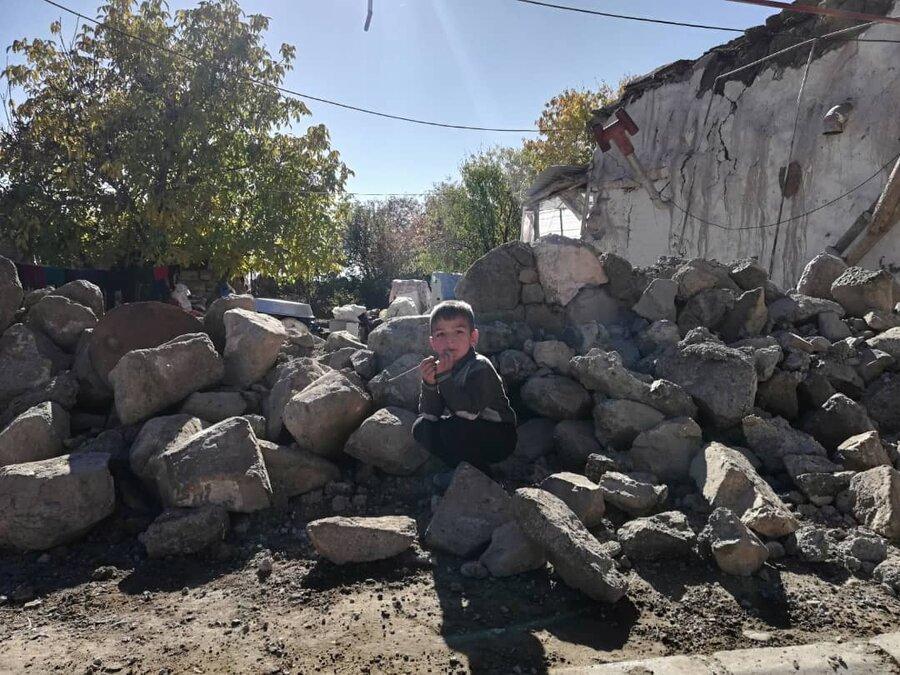 زمستان سخت در انتظار زلزله زدگان آذربایجان شرقی
