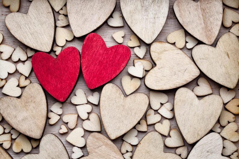 نشانه های عشق حقیقی ، چگونه بفهمیم واقعا عاشق شده ایم؟