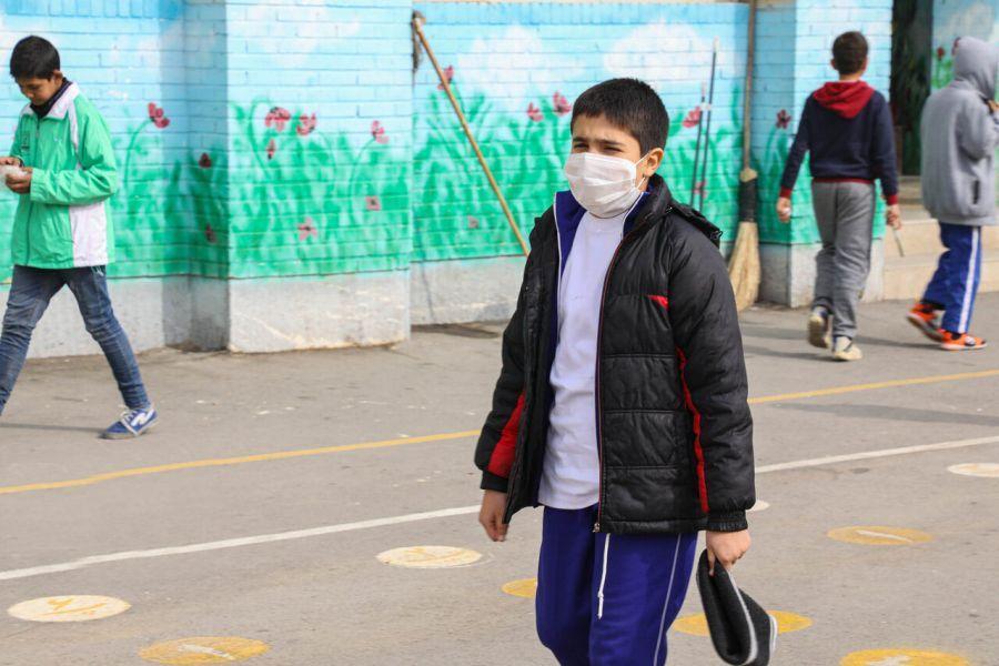 مقایسه تعطیلات مدارس تهران به دلیل آلودگی هوا از سال 93 تا 98