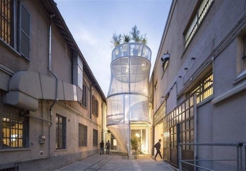 خانه 50 متری متحرک با دیوارهای شفاف ساخته شد
