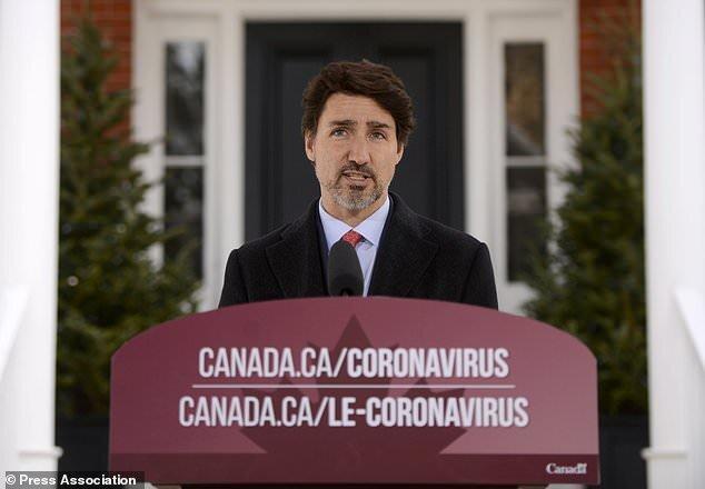 کانادا از ایالات متحده برای ممنوعیت صادرات ماسک انتقاد کرد