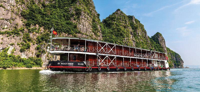 پل ها و جاذبه های شگفت انگیز رود سرخ هانوی