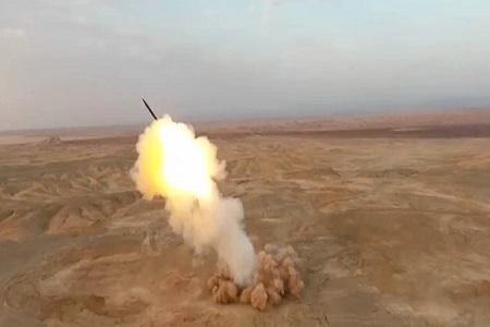اولین تصاویر شلیک موشک بالستیک سپاه از اعماق زمین