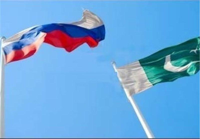 دیدار وزرای خارجه پاکستان و روسیه در حاشیه اجلاس سازمان همکاری شانگهای