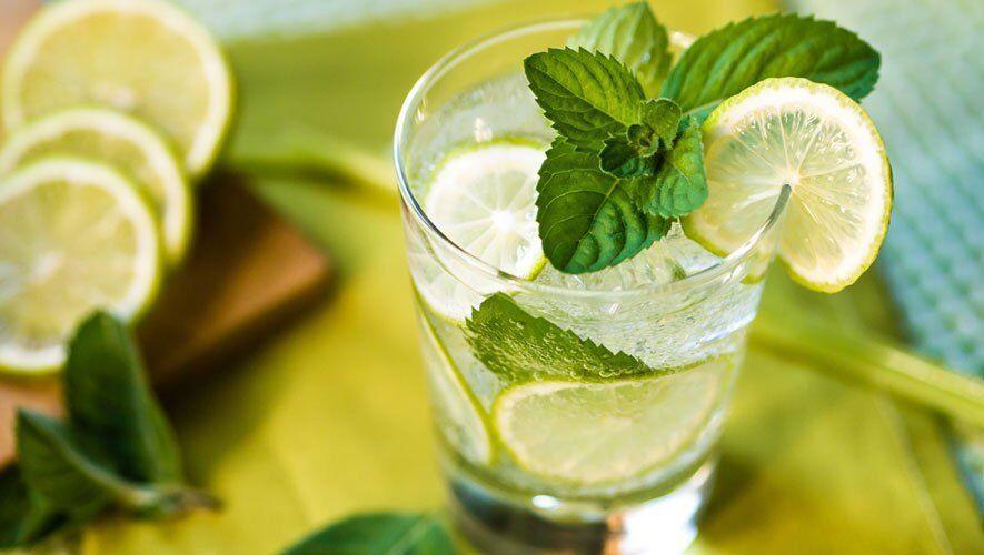 با خوردن این 5 نوشیدنی در ماه رمضان تشنه نمی شوید