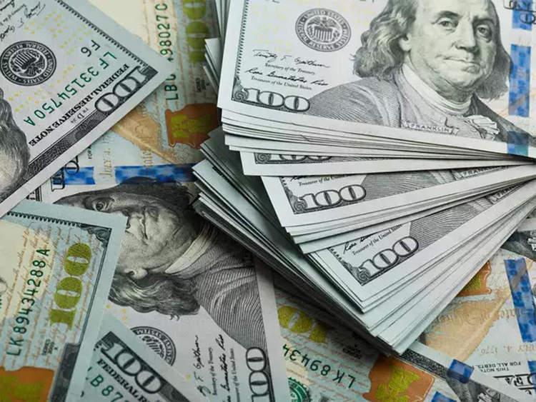دلار 4200 تومانی 14 برابر مبلغ یارانه رانت می&zwnjآورد