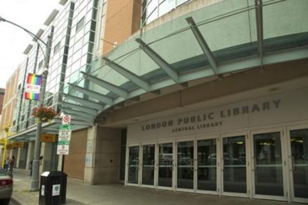 فستیوال ادبی کتابخانه عمومی لندن برای تشویق نویسندگان