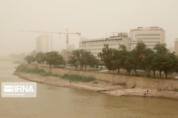 خبرنگاران گرد و غبار هوای پنج شهر خوزستان را به شرایط خطرناک کشاند