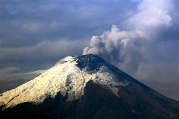 پیش بینی زمان فوران آتشفشان با کمک ماهواره