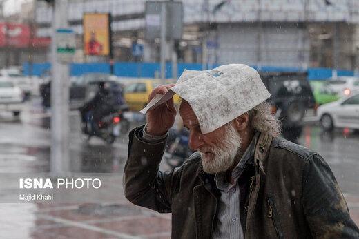 حداکثر دمای تهران چقدر خواهد بود؟، رگبار و رعدوبرق در بعضی استان های کشور