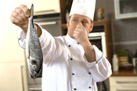 نحوه از بین بردن بوی ماهی